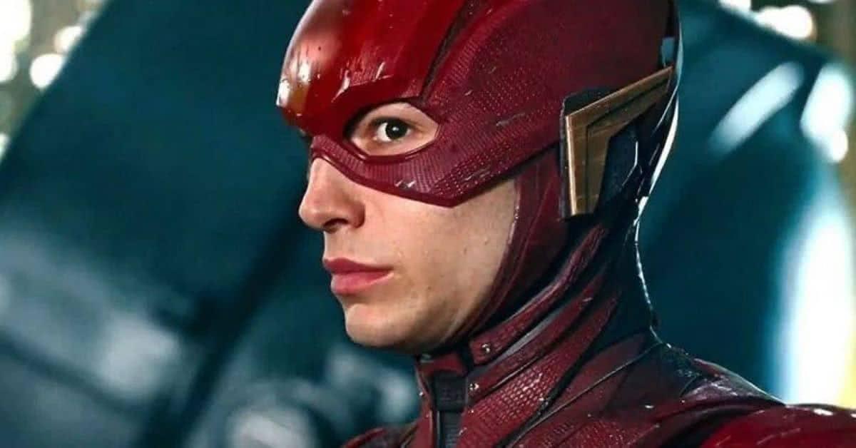 Ezra Miller como Flash em Liga da Justiça (Reprodução / DC)