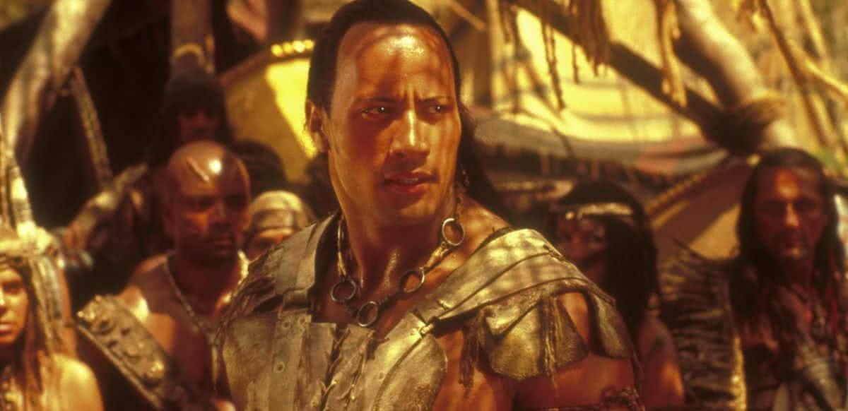 Dwayne Johnson em O Escorpião Rei (Reprodução / Universal)