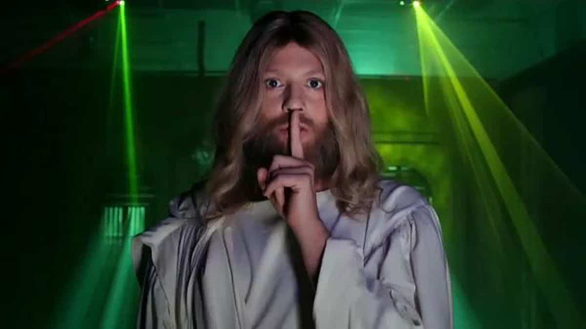 Fábio Porchat interpreta Jesus em Teocracia em vertigem