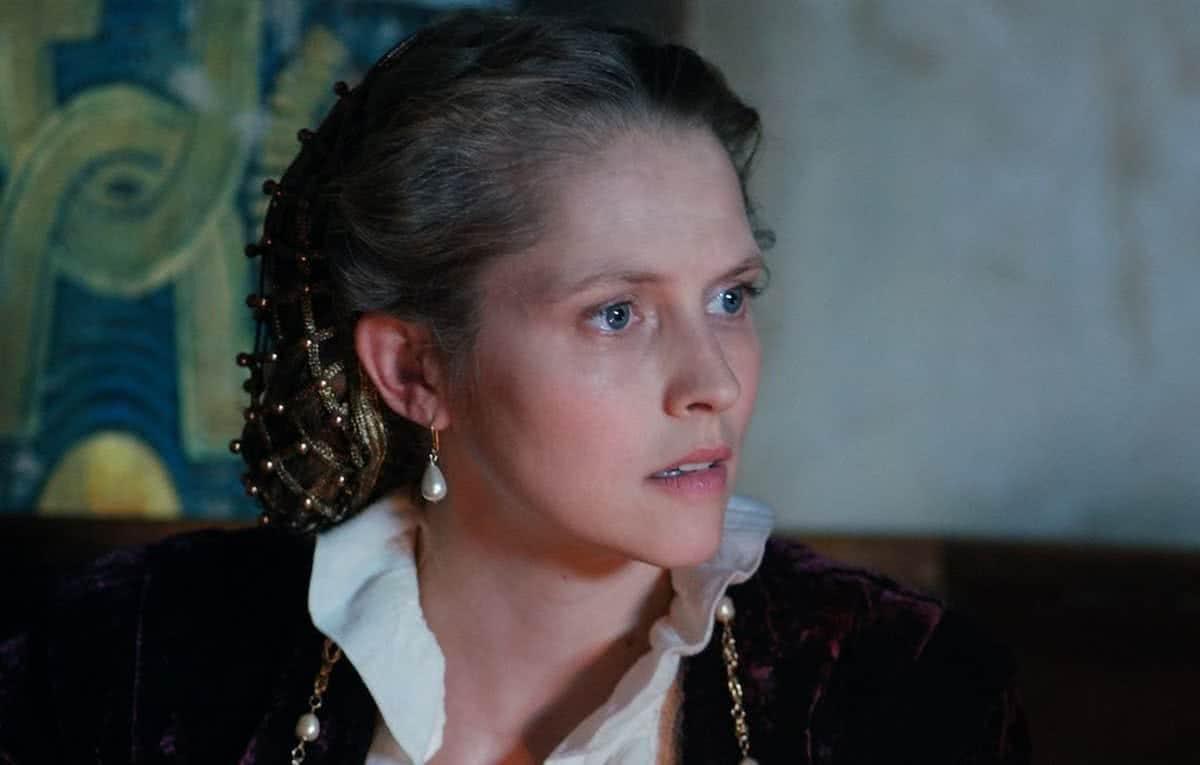 Diana (Theresa Palmer) em A Descoberta das Bruxas