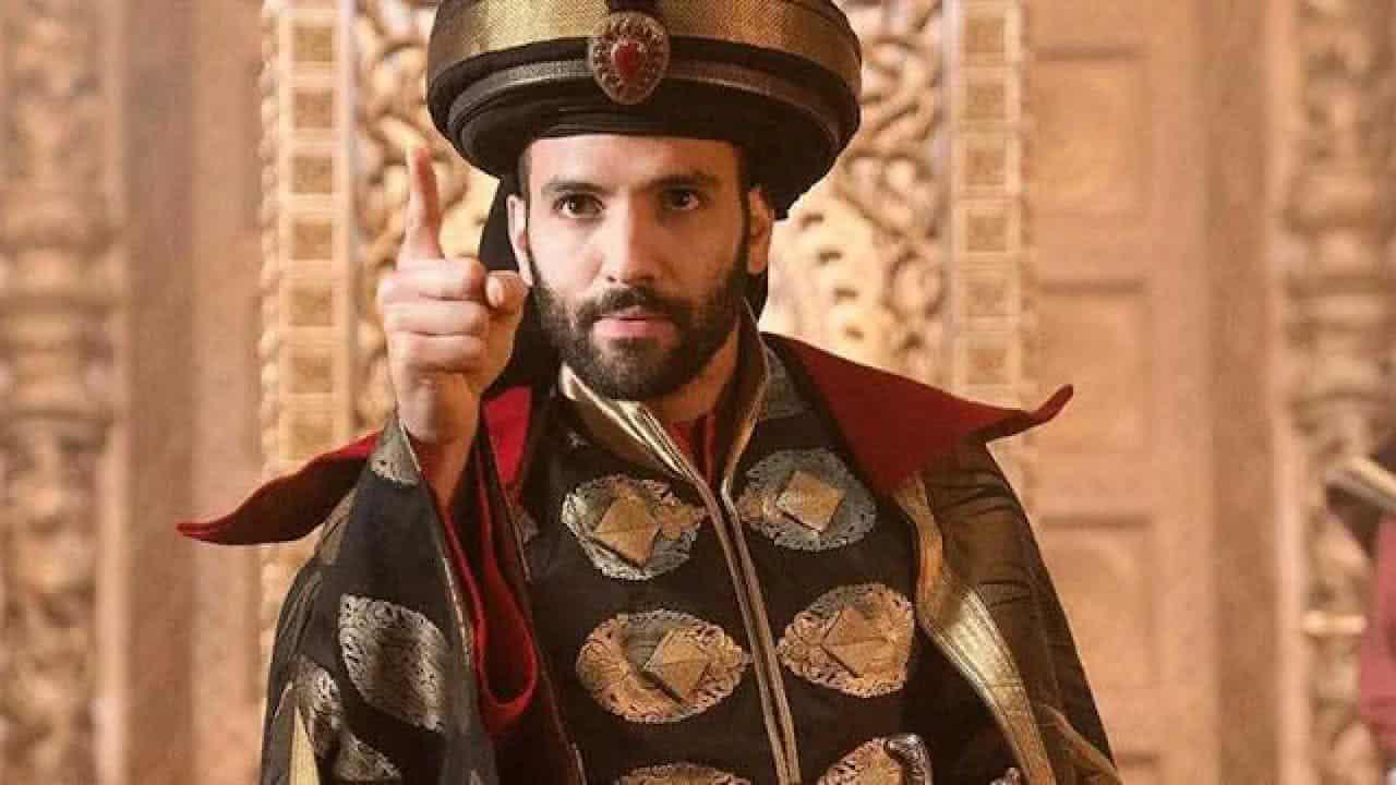 Jafar (Marwan Kenzari) em Aladdin (Reprodução / Disney)