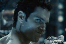 Superman (Henry Cavill) em Liga da Justiça de Zack Snyder (Reprodução)