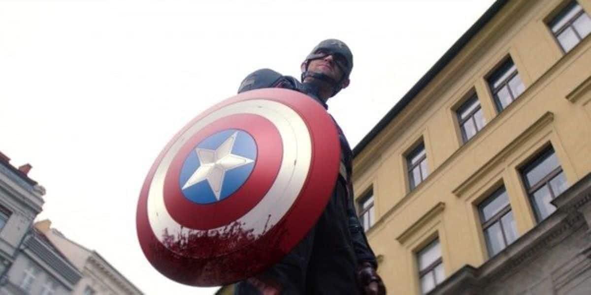 Capitão América (Wyatt Russell) em Falcão e o Soldado Invernal (Reprodução / Disney+)