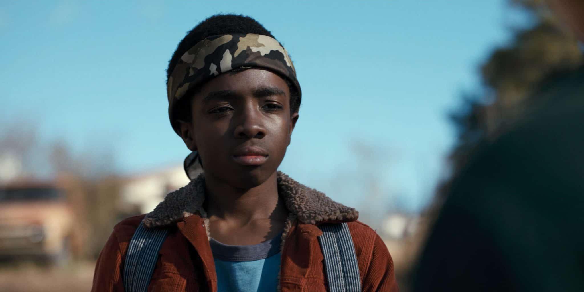 Lucas (Caleb McLaughlin) em Stranger Things (Reprodução)