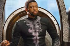 Chadwick Boseman em Pantera Negra (Reprodução / Marvel)