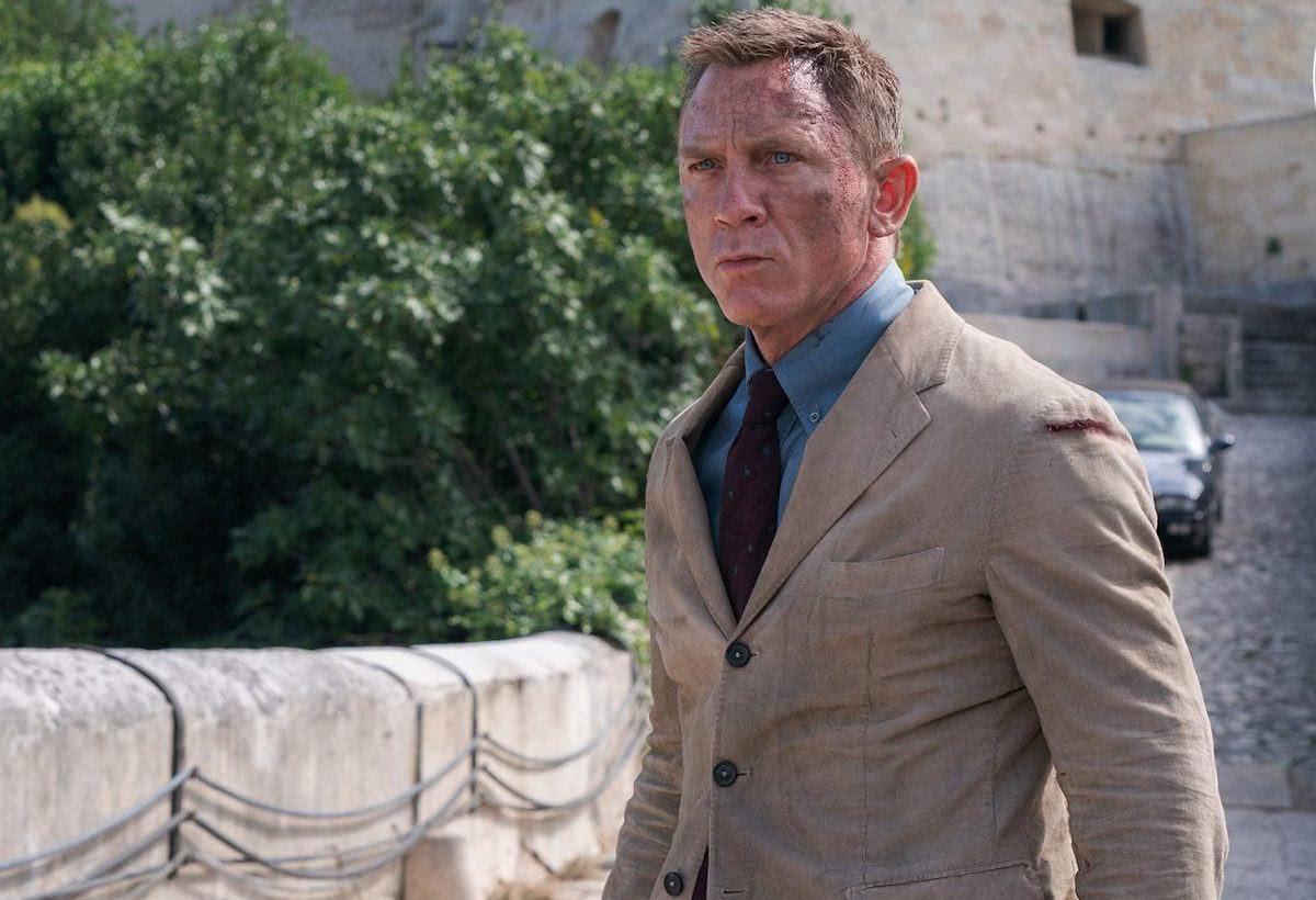 Daniel Craig como James Bond em 007 - Sem Tempo Para Morrer